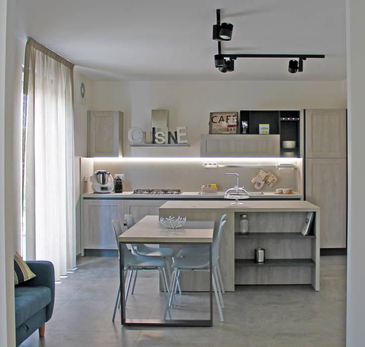 Buona la prima: Cucina in stile  di  LAB 360 - Architettura e Design