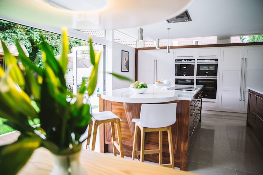 September Cottage - Collins Bespoke Architectural Kitchen:  Kitchen by Collins Bespoke Limited