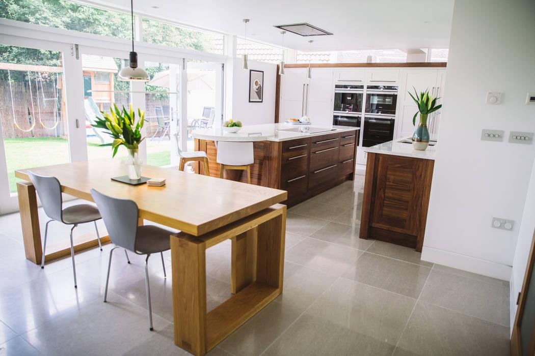 September Cottage - Collins Bespoke Architectural Kitchen: modern Kitchen by Collins Bespoke Limited