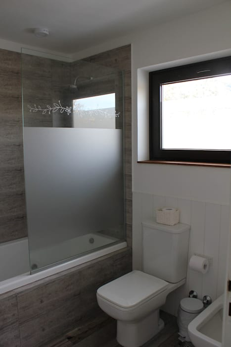 Ванные комнаты в . Автор – homify, Рустикальный