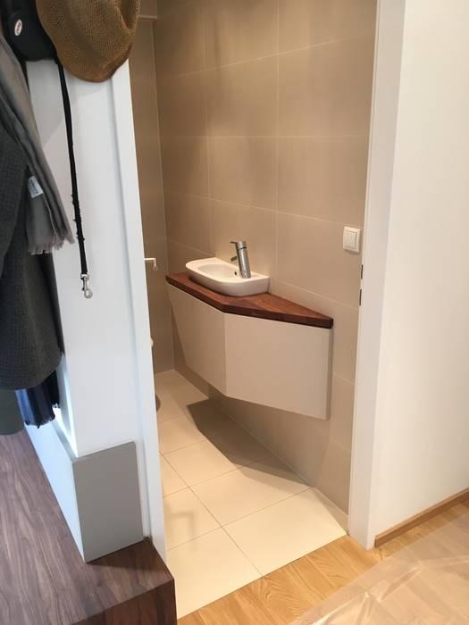 Kleinmöbel toilette: badezimmer von atelier körner studio für ...
