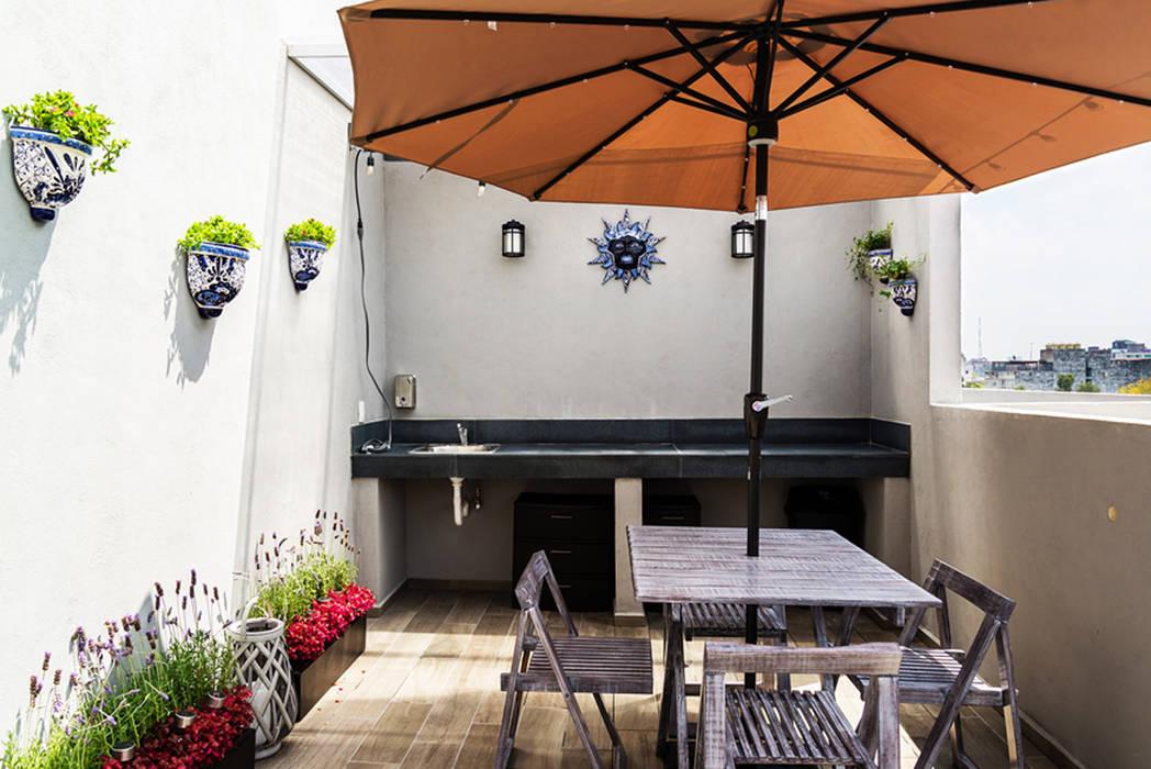 Choapan Decor Balcones y terrazas de estilo moderno de Erika Winters Design Moderno