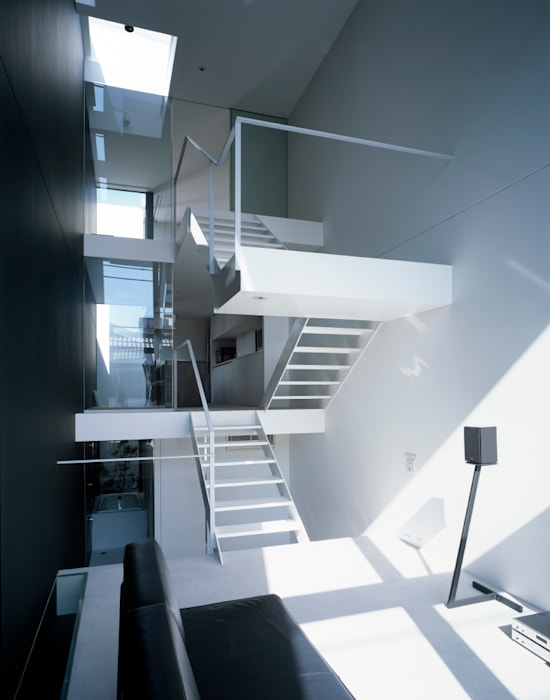 昭和町の家 / House in Showacho: 藤原・室 建築設計事務所が手掛けたリビングです。,
