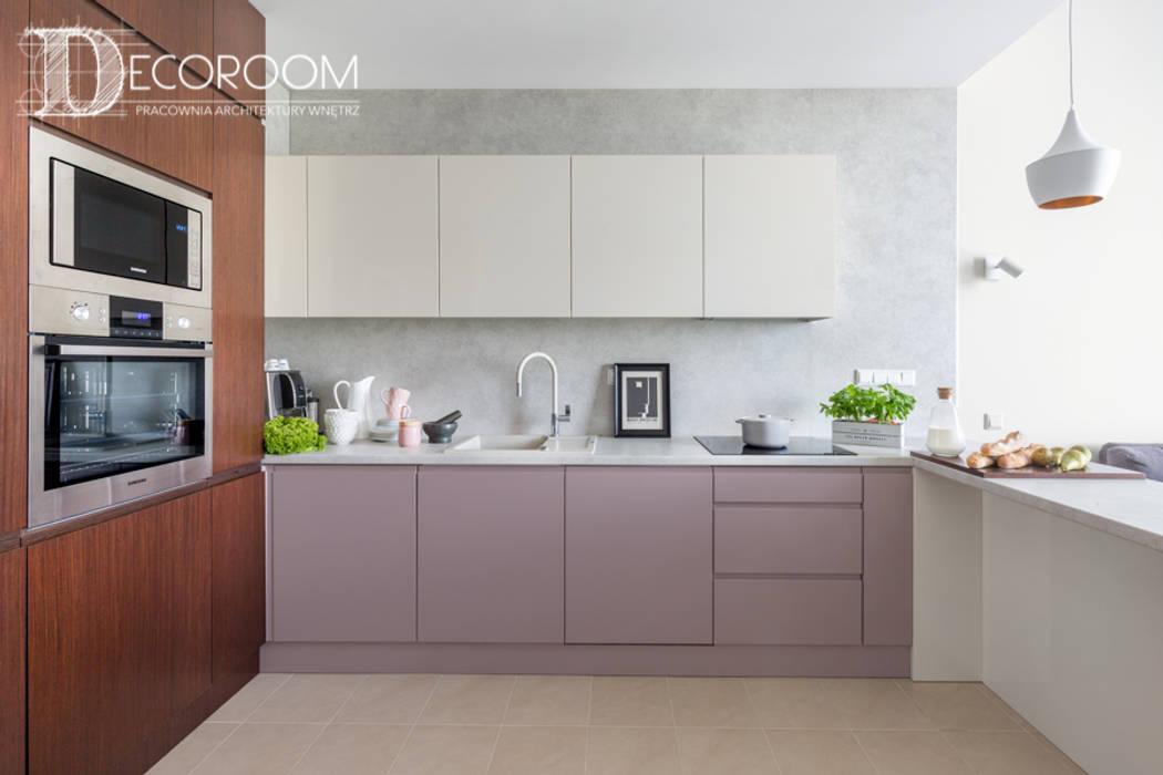 現代廚房設計點子、靈感&圖片 根據 Decoroom 現代風