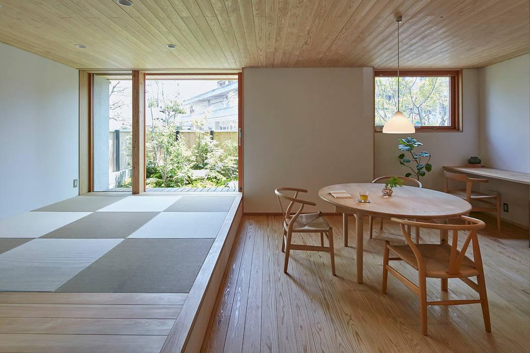 でんホーム鳥飼モデルハウス: でんホーム株式会社が手掛けたダイニングです。