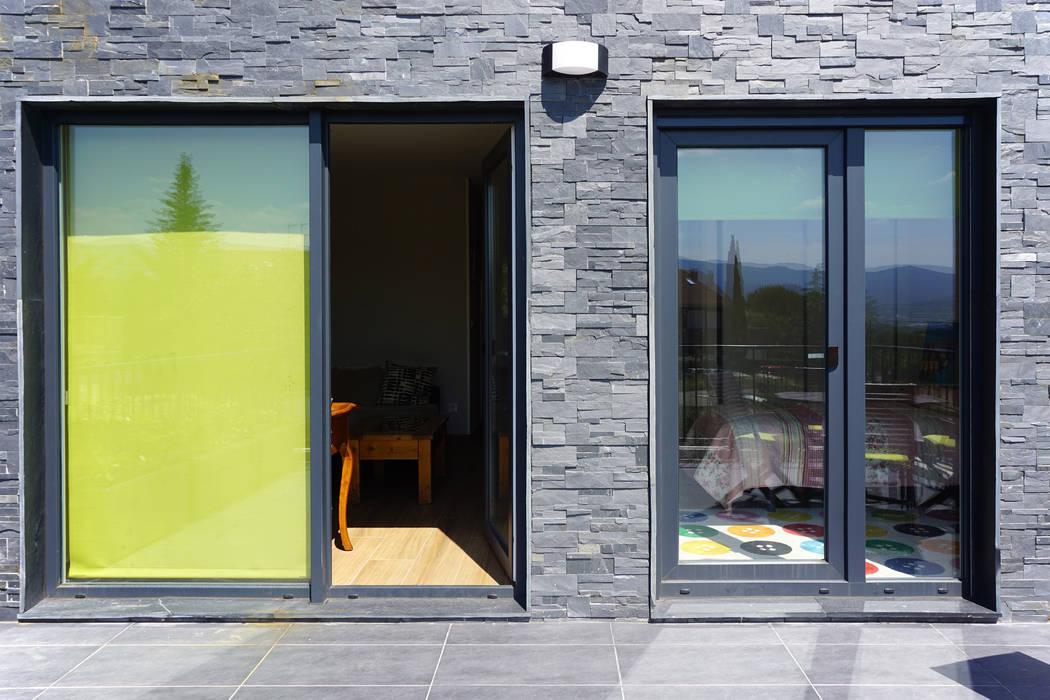 Terraza en Casa Cube 175 Balcones y terrazas modernos de Casas Cube Moderno