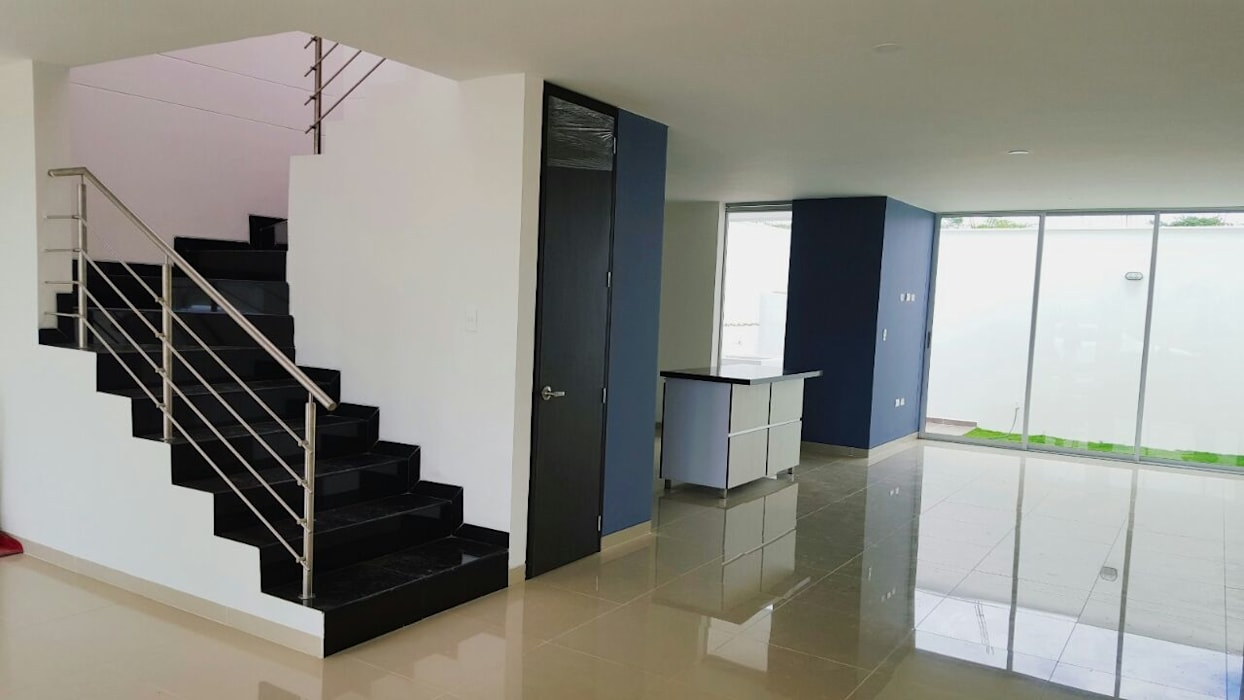 Modern Living Room by CONSTRUCTOR INDEPENDIENTE Modern
