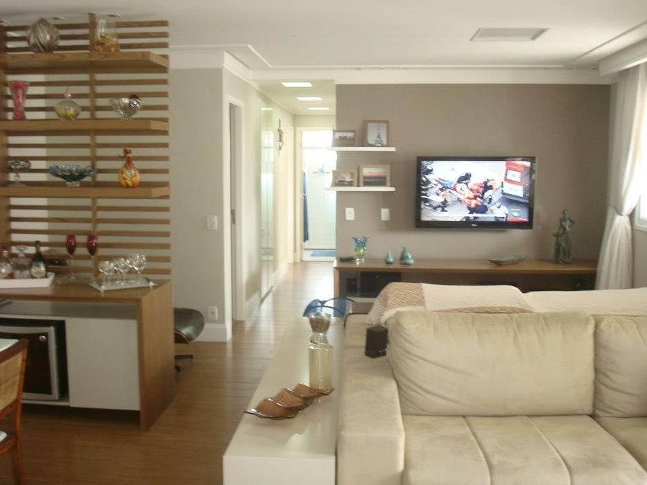 Sala de estar/ jantar/ tv/ escritório Salas de estar modernas por LVM Arquitetura Moderno