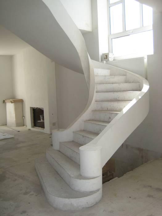 Euroscala Classic style corridor, hallway and stairs