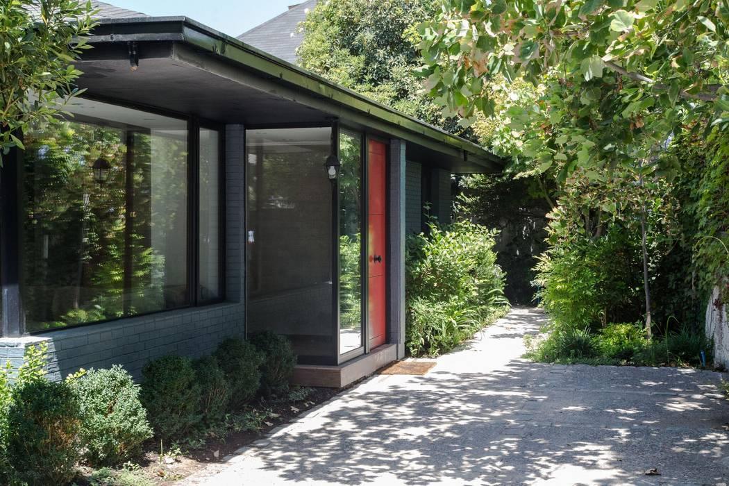 : Casas de estilo  por RENOarq