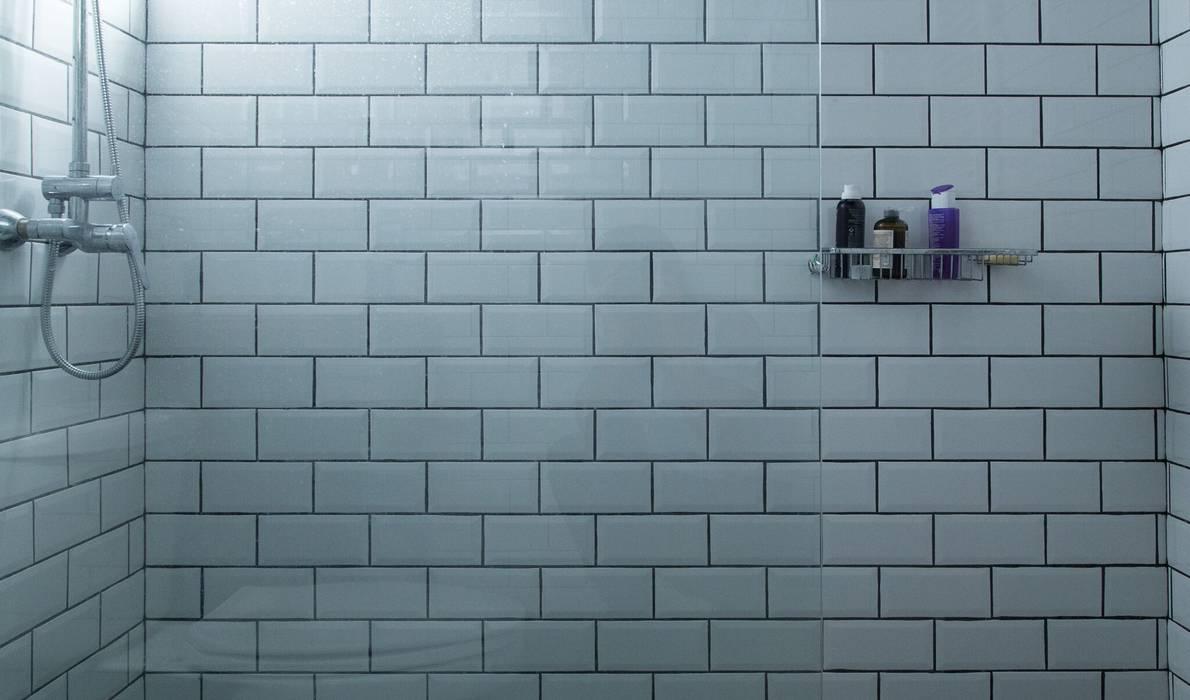 Bathroom by RENOarq
