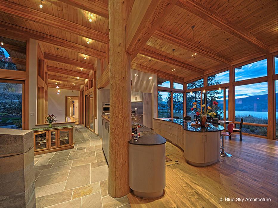 Кухни в . Автор – Helliwell + Smith • Blue Sky Architecture, Модерн