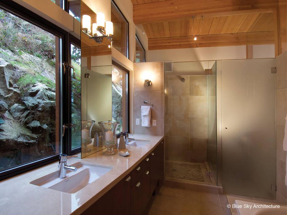 Modern Bathroom:  Bathroom by Helliwell + Smith • Blue Sky Architecture