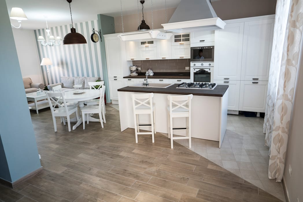 Gallery of stile shabby chic cucina cucina decapata in frassino