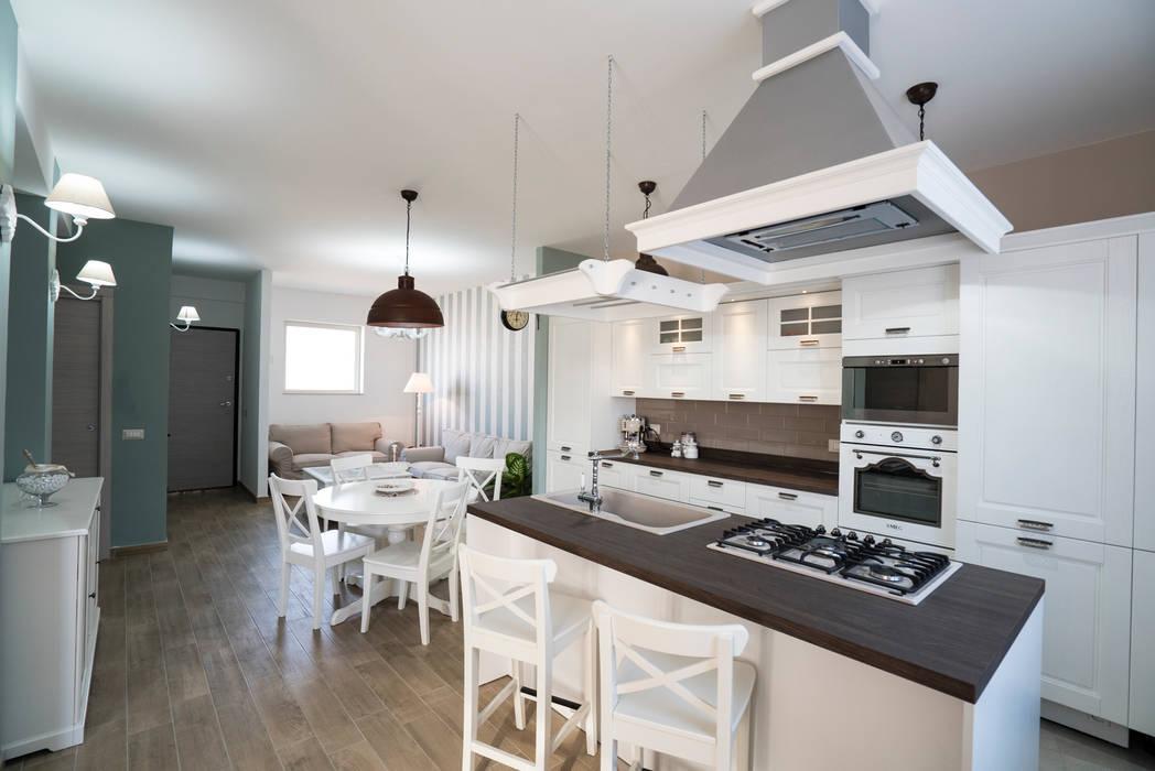 Appartamento stile shabby chic rustico cucina in stile ...