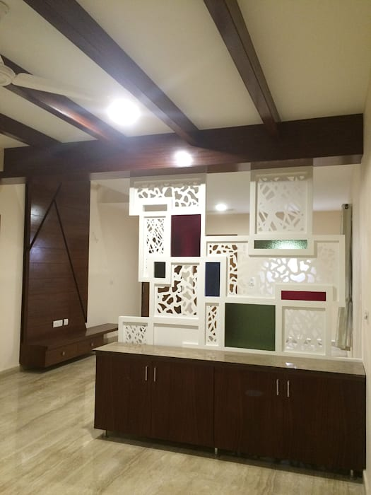 Dining Room:  Dining room by Vedasri Siddamsetty,Modern