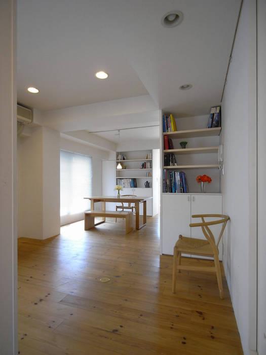 分倍河原の家(リフォーム) アトリエ スピノザ 北欧デザインの ダイニング