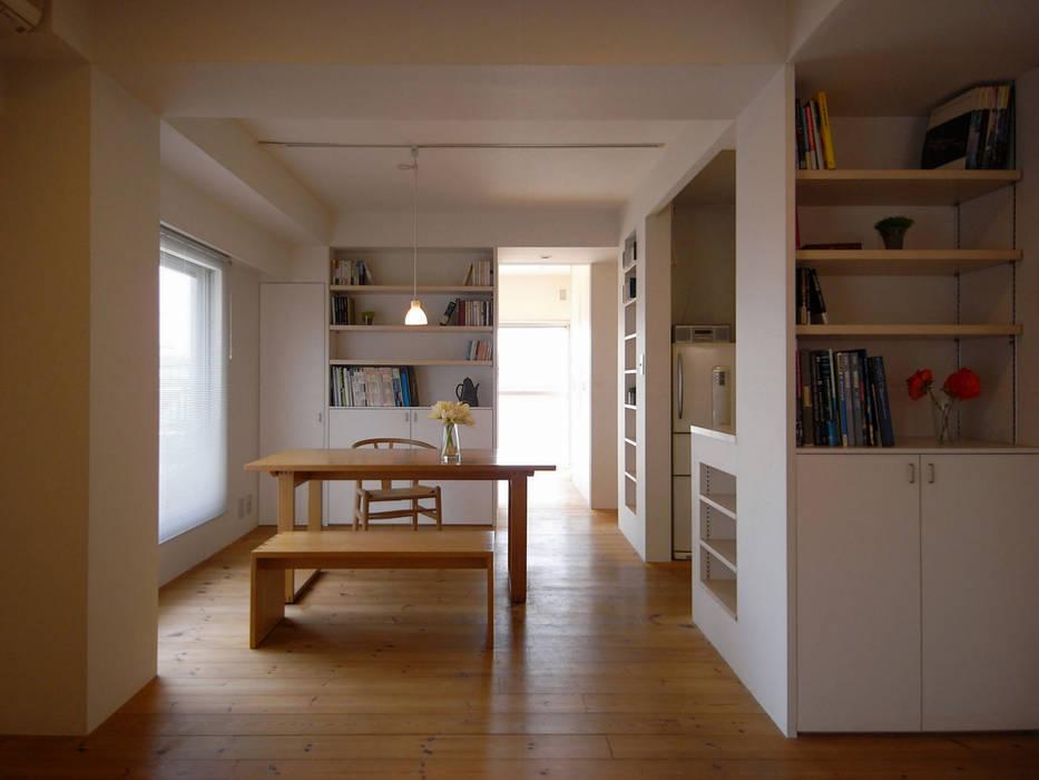 アトリエ スピノザ Ruang Keluarga Gaya Skandinavia