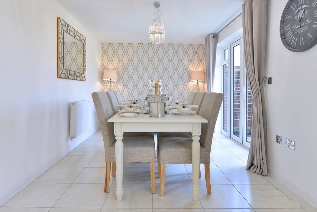 Dining Room:  Dining room by Graham D Holland