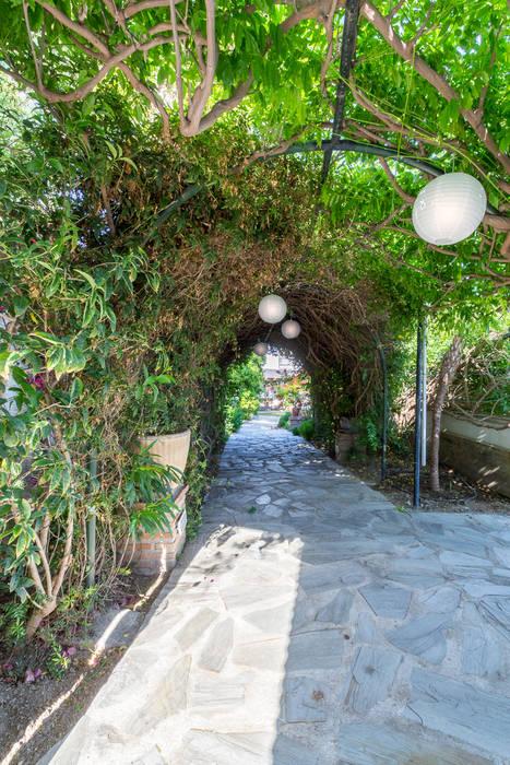 Home & Haus   Home Staging & Fotografía Taman Gaya Mediteran