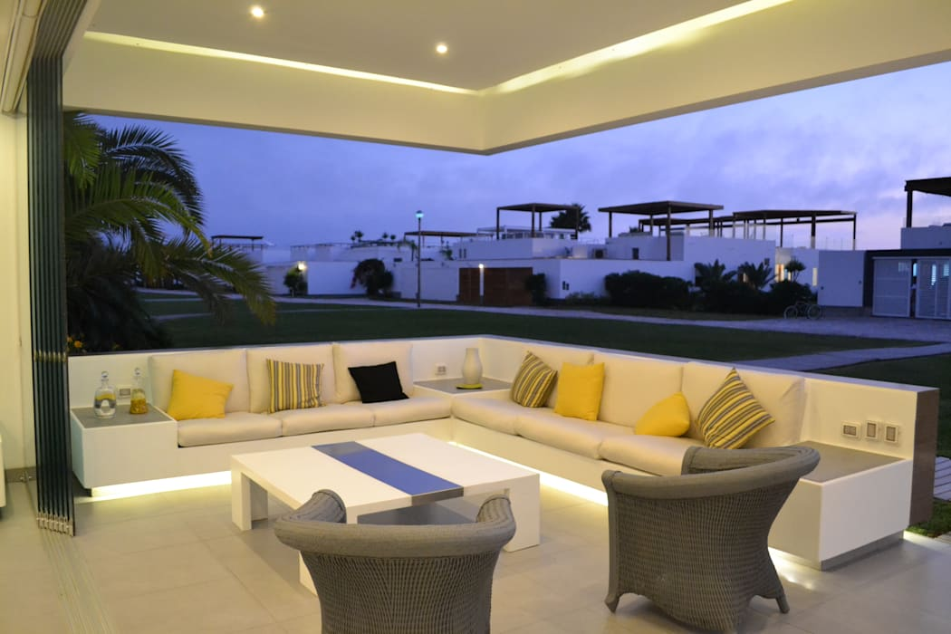 Terrace by DMS Arquitectas,