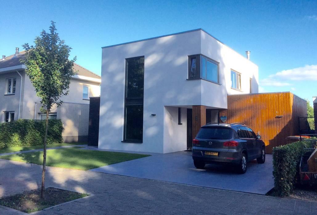 Voorzijde Moderne huizen van Nico Dekker Ontwerp & Bouwkunde Modern Hout Hout