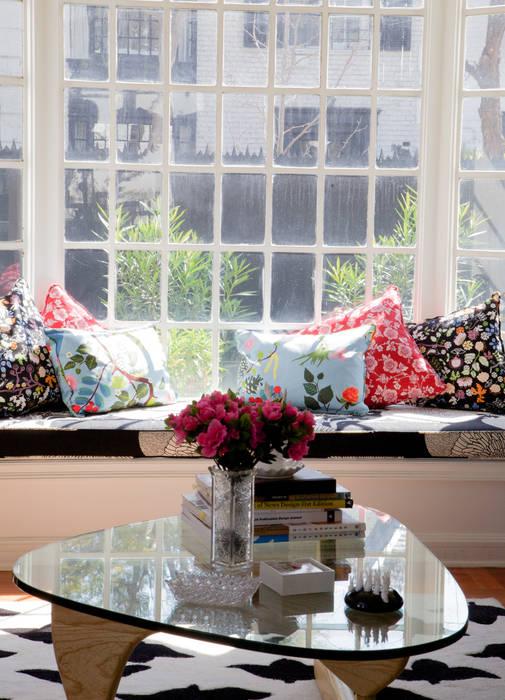 现代客厅設計點子、靈感 & 圖片 根據 RENOarq 現代風