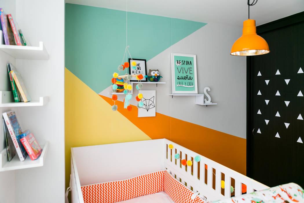 Dormitorios infantiles de estilo tropical de Little One Tropical