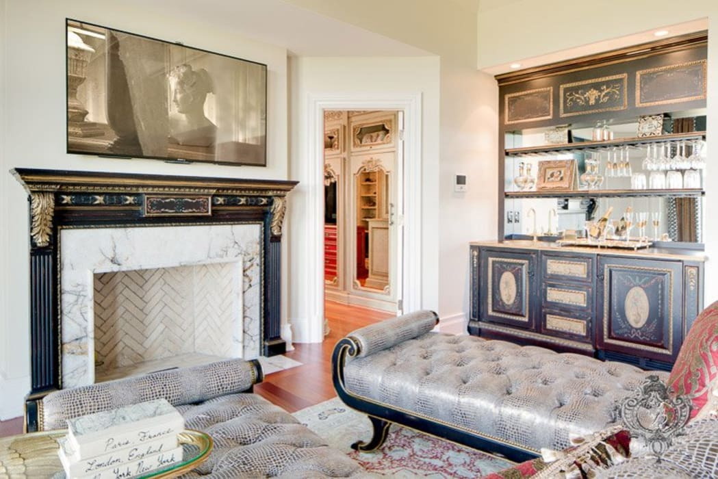 Dormitorios de estilo  por Kellie Burke Interiors, Clásico