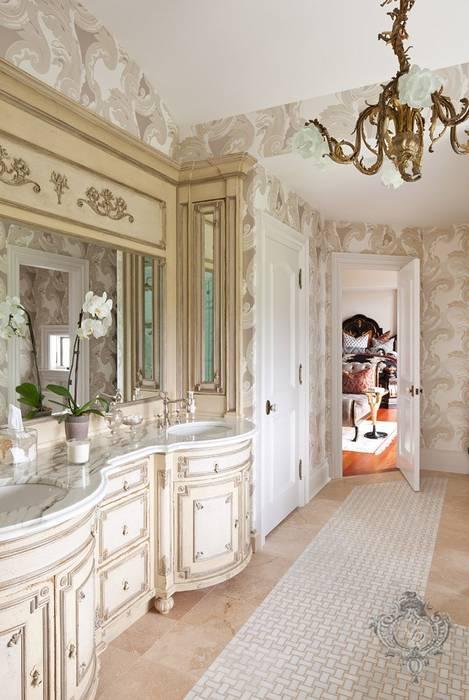Baños de estilo  por Kellie Burke Interiors, Clásico