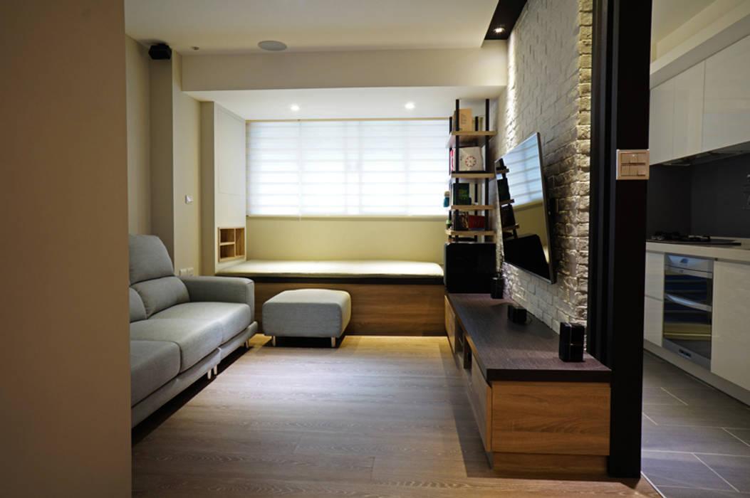 Salones de estilo  de ISQ 質の木系統家具
