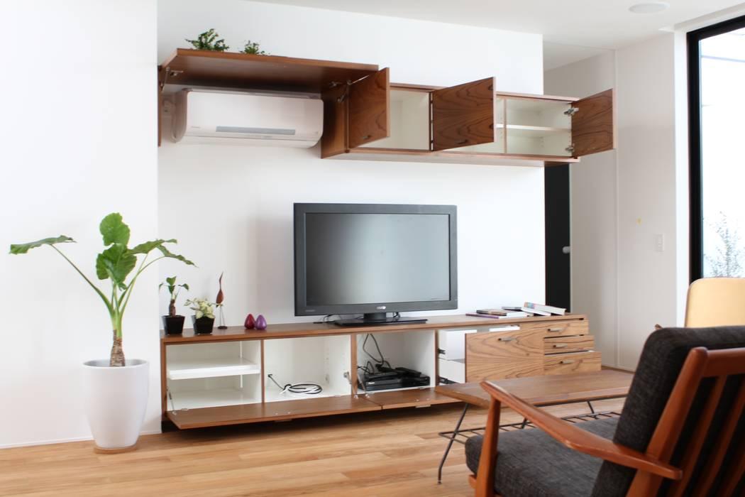 コト Living roomStorage Wood Wood effect