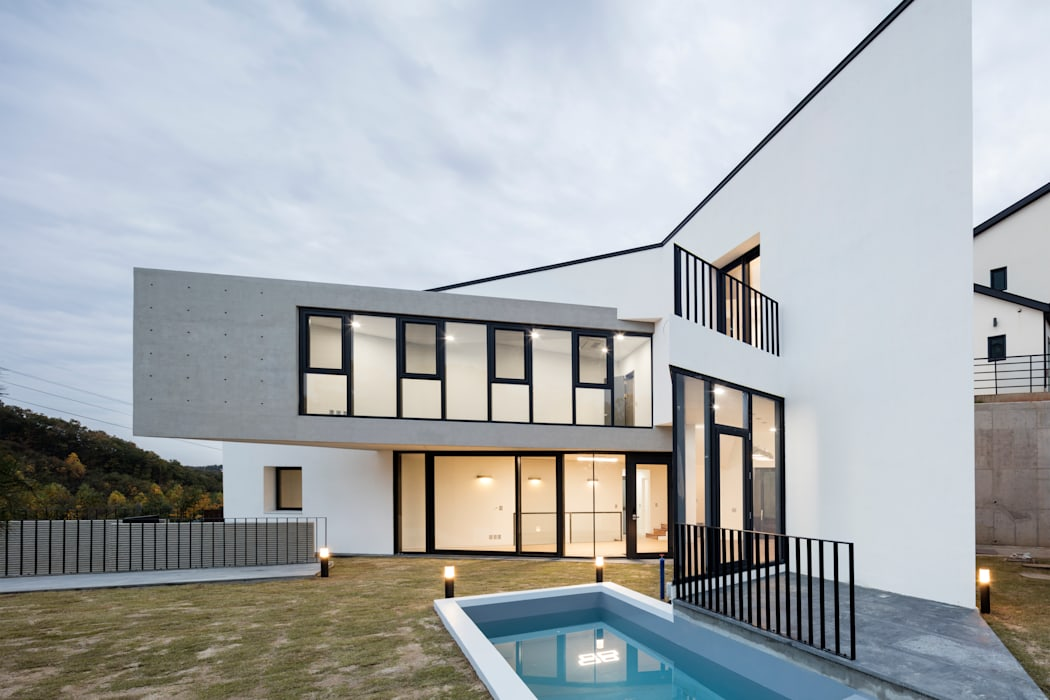 Maisons de style  par 에이치에이치 아키텍스, Moderne