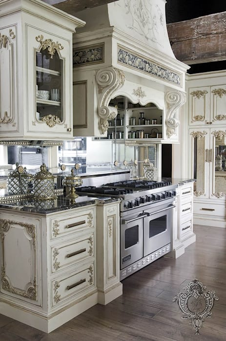 Cucina eclettica di Kellie Burke Interiors Eclettico