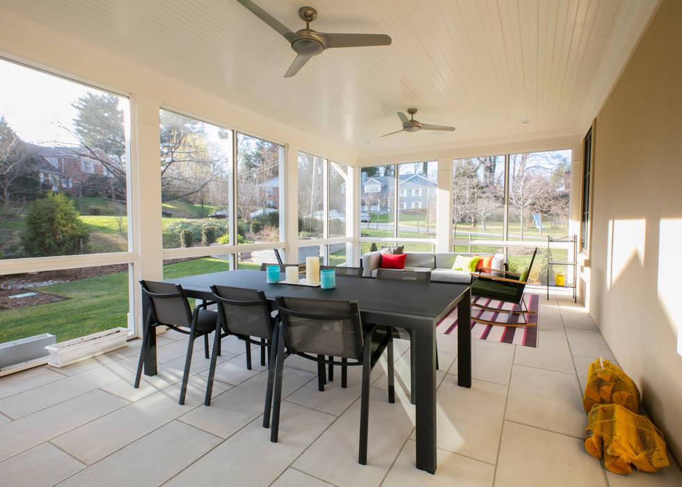 Varandas, marquises e terraços modernos por FORMA Design Inc. Moderno
