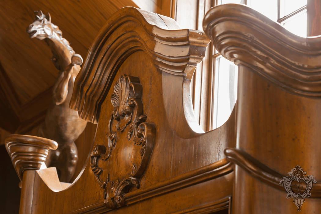 Phòng giải trí phong cách kinh điển bởi Kellie Burke Interiors Kinh điển
