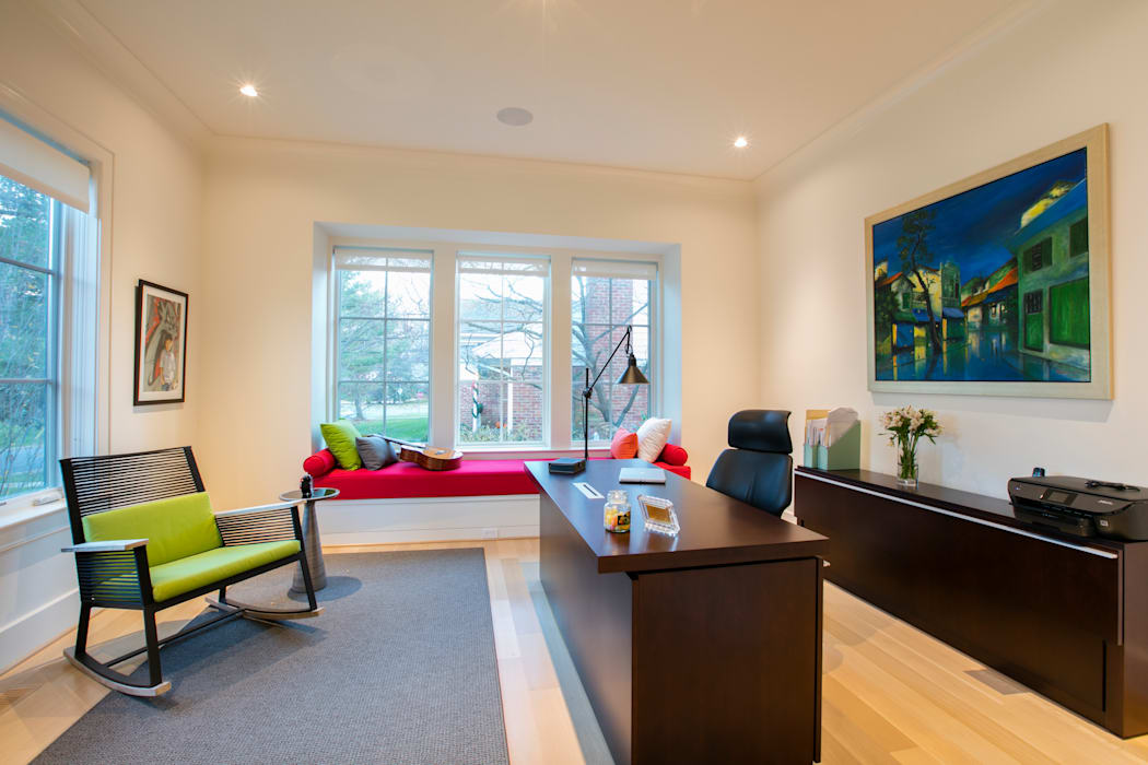 Bethesda Modern:  Study/office by FORMA Design Inc.