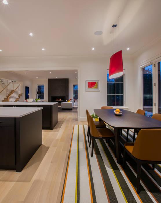 Salas de estar modernas por FORMA Design Inc. Moderno