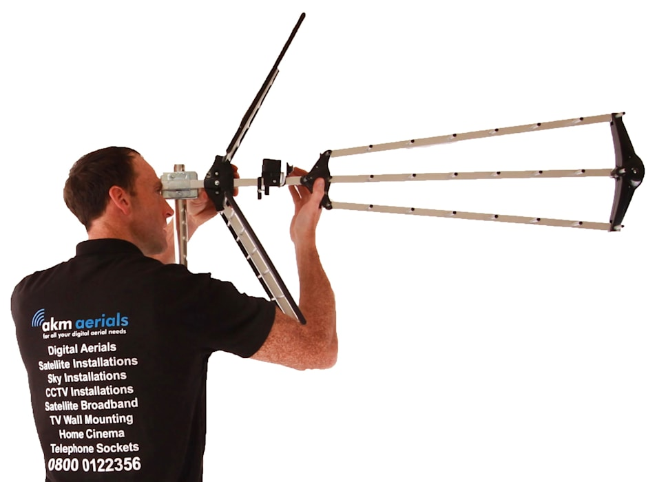 Aerial installation Bibury:  Electronics by Bibury Aerials