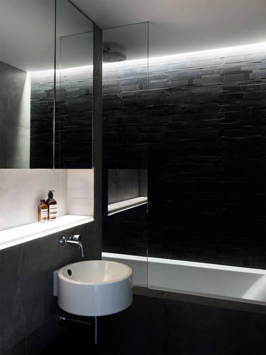 Bathroom Baños de estilo moderno de Brosh Architects Moderno