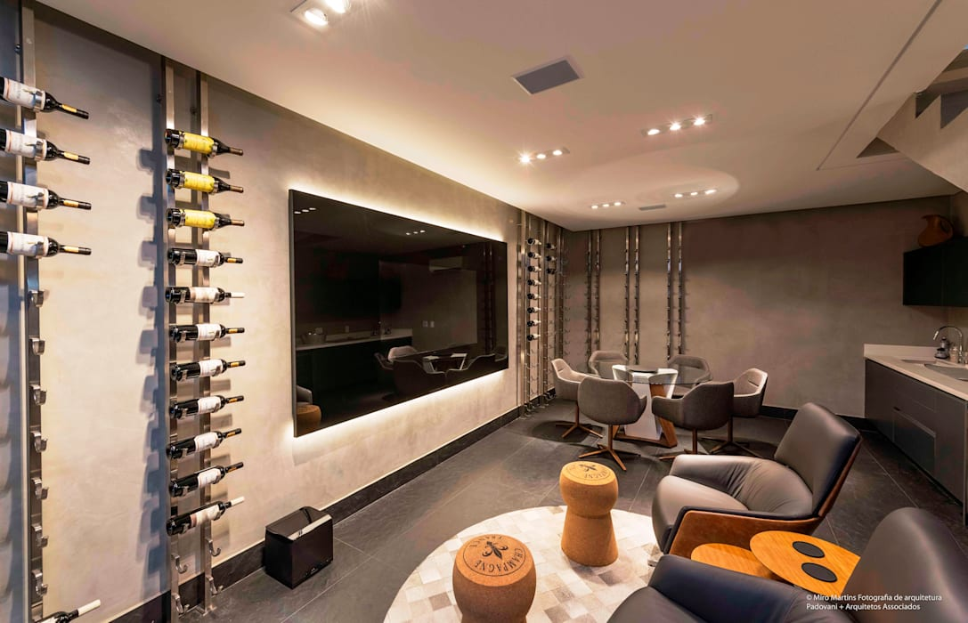 Ruang Penyimpanan Wine oleh Padovani Arquitetos + Associados, Minimalis