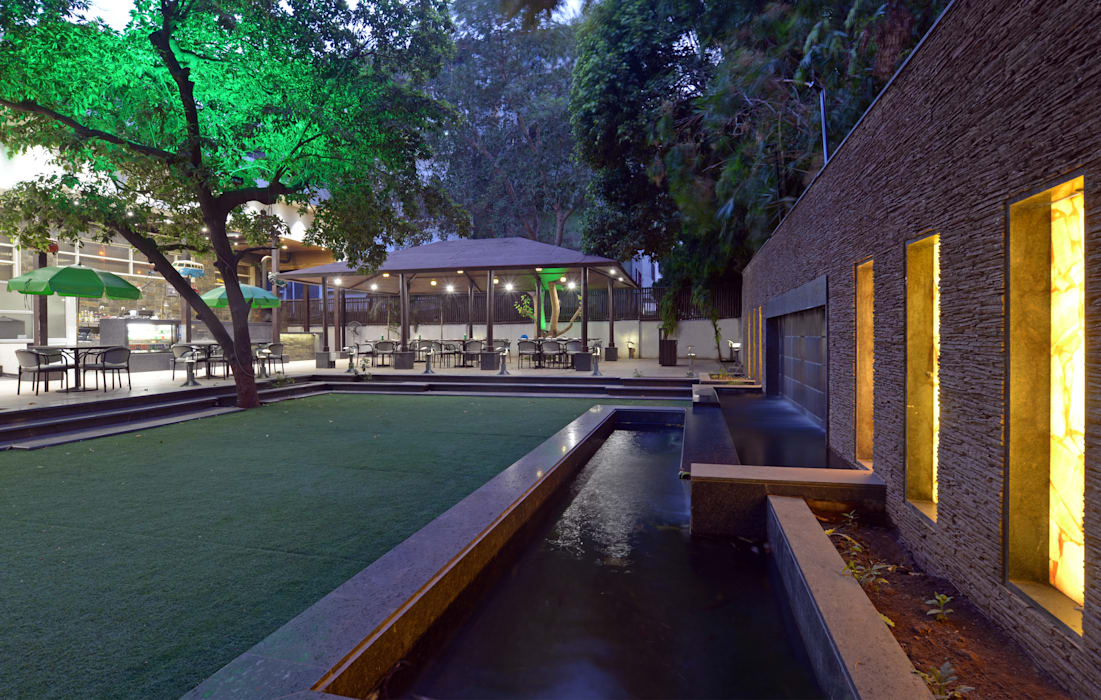 Cafe Landscape Rustic style hotels by Matai Associates Rustic