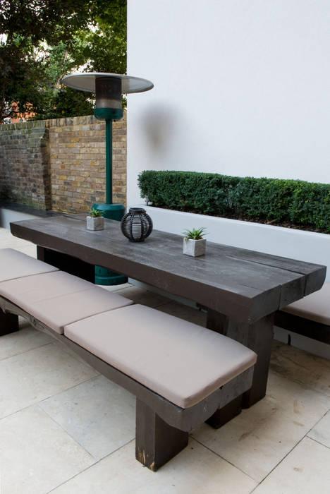 Railway Sleeper dining area: modern Garden by Earth Designs
