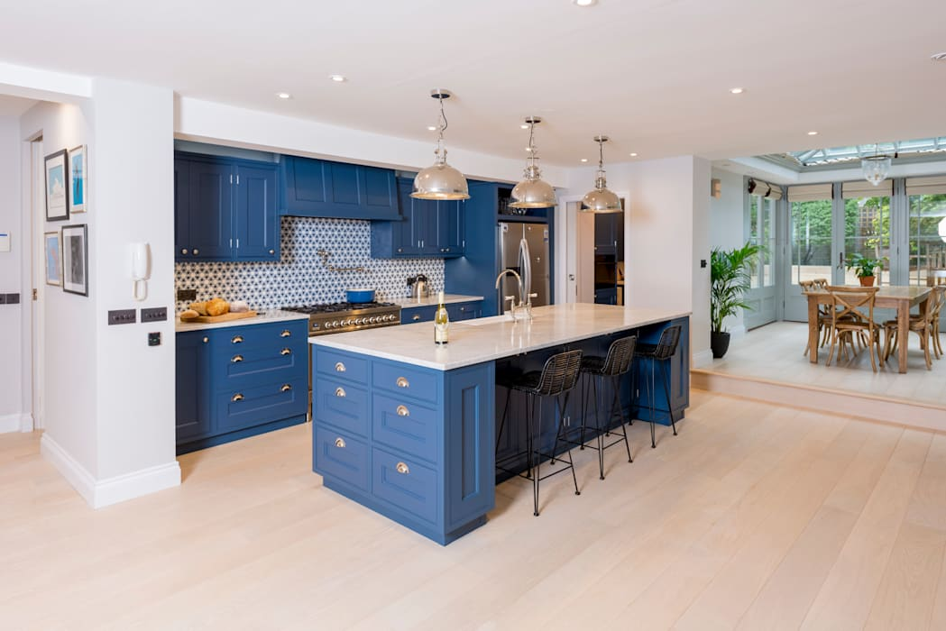 Kensington Blue Kitchen:  Kitchen by Tim Wood Limited