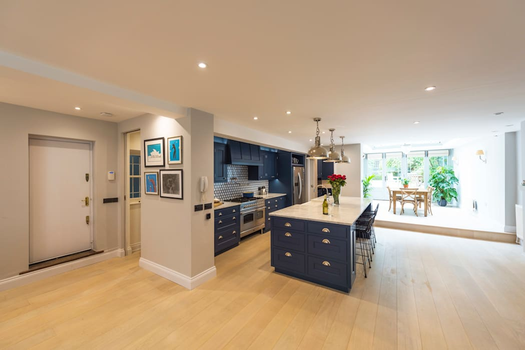 Kensington Blue Kitchen:  Kitchen by Tim Wood Limited