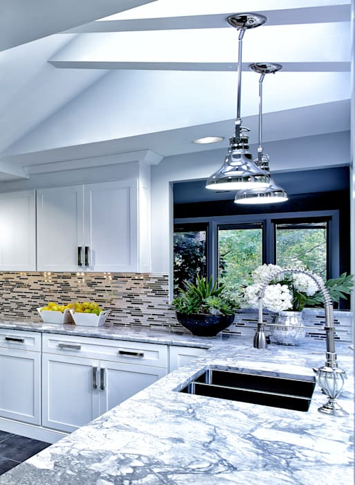 2014 Coty Award Wining Kitchen by Main Line Kitchen Design Classic