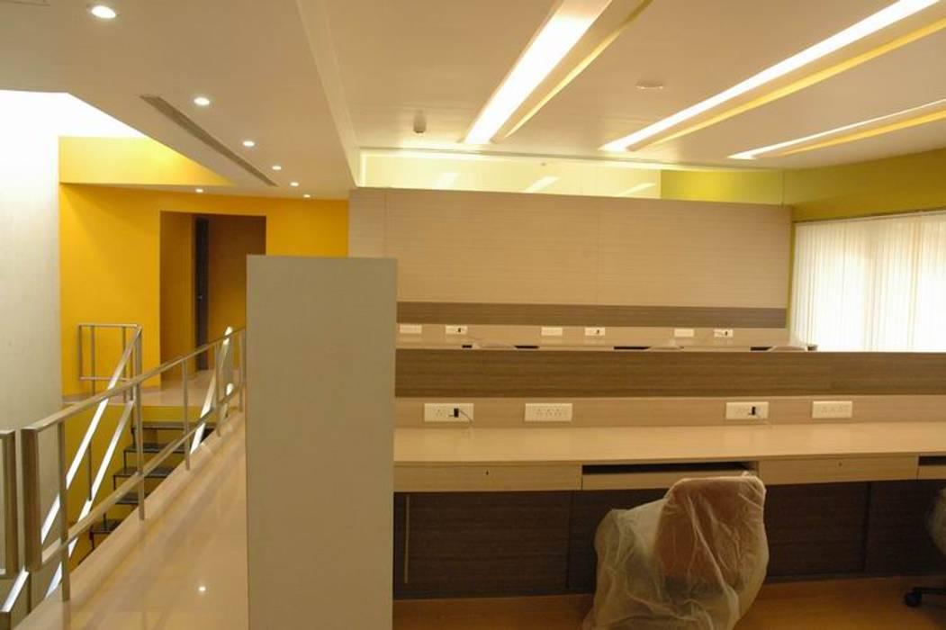 Office Space Modern office buildings by Studio - Architect Rajesh Patel Consultants P. Ltd Modern