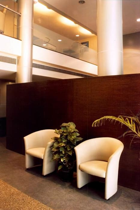 Waiting Area Studio - Architect Rajesh Patel Consultants P. Ltd Commercial Spaces