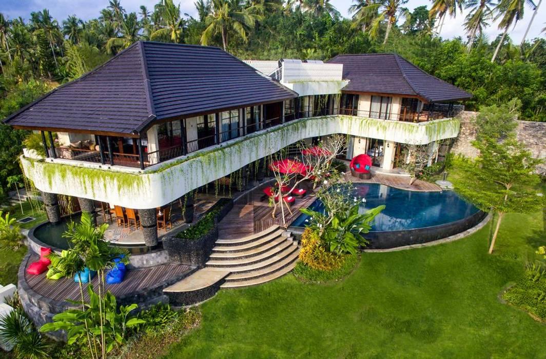 Delmara Villa Dinding & Lantai Gaya Eklektik Oleh Credenza Interior Design Eklektik