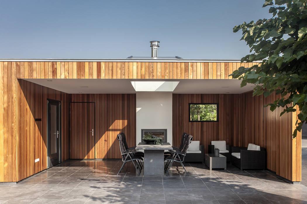 Terrace by Bob Romijnders Architectuur & Interieur, Modern